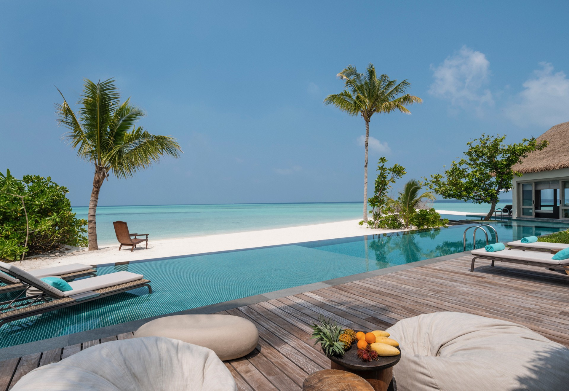 four Seasons Maldives voavah pool