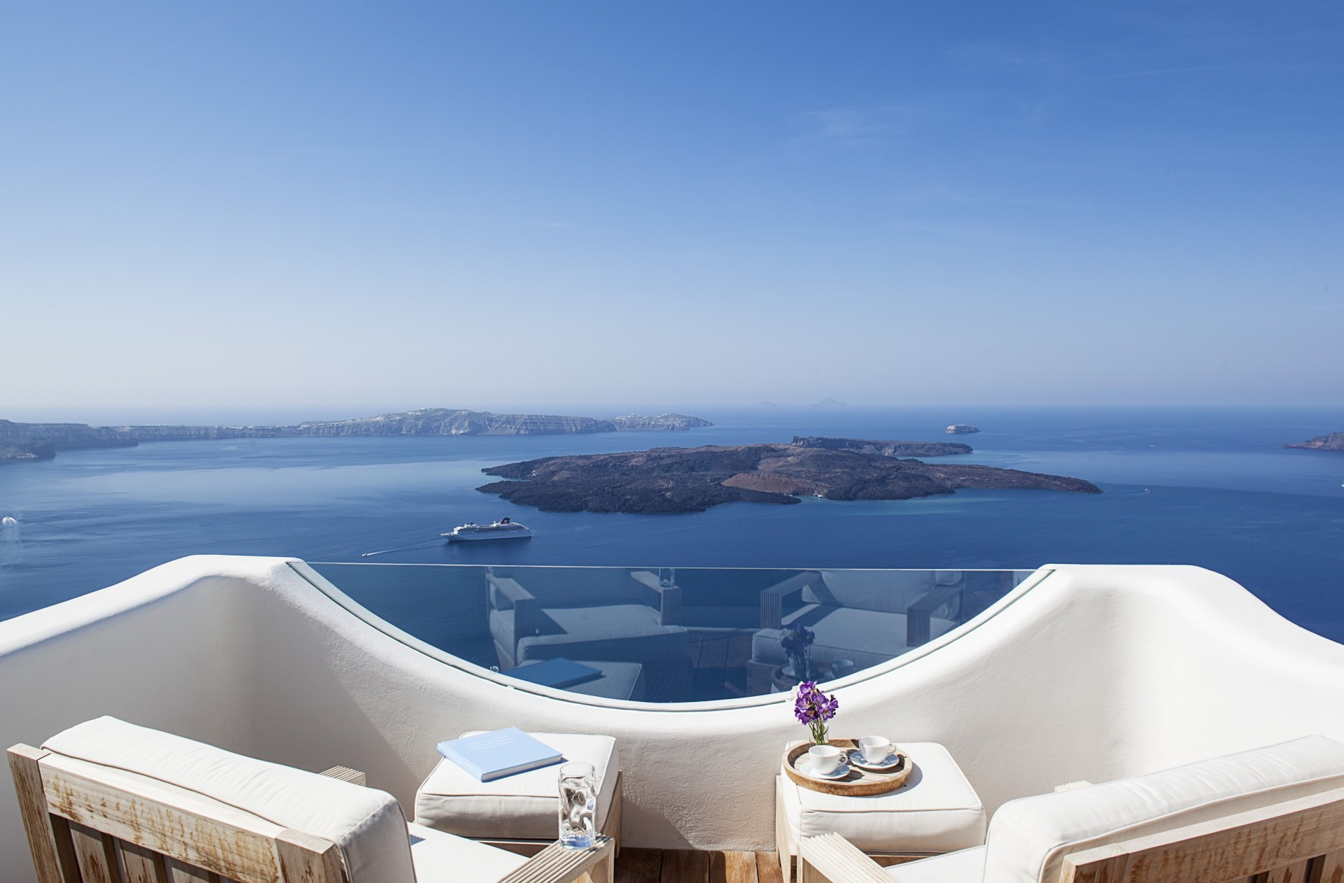Santorini villa Selesta in Greece | Greece vacation rental