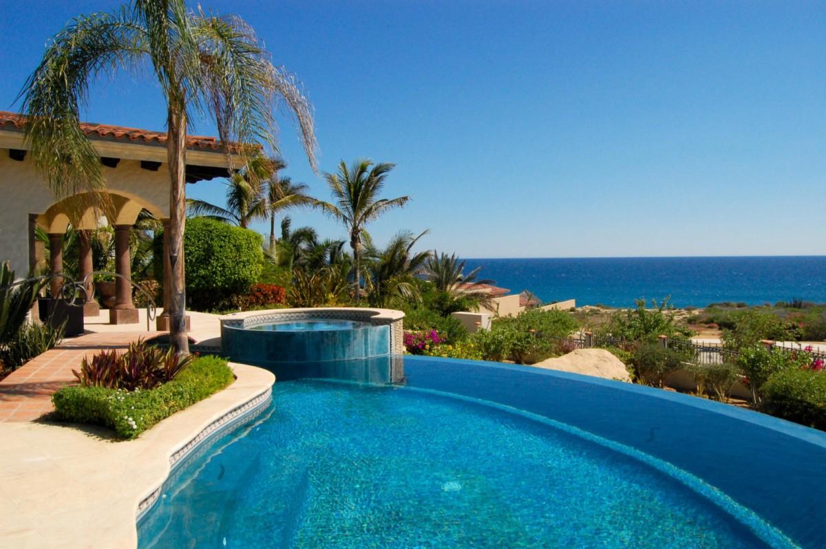 Lieber villa lieber los cabos isle blue for Villas los cabos