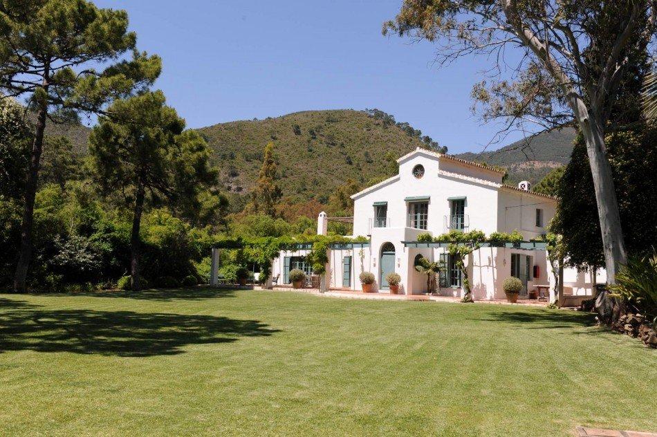 Marbella Villas - Casa del Rio - Benahavis - Spain | Luxury Vacation Rentals