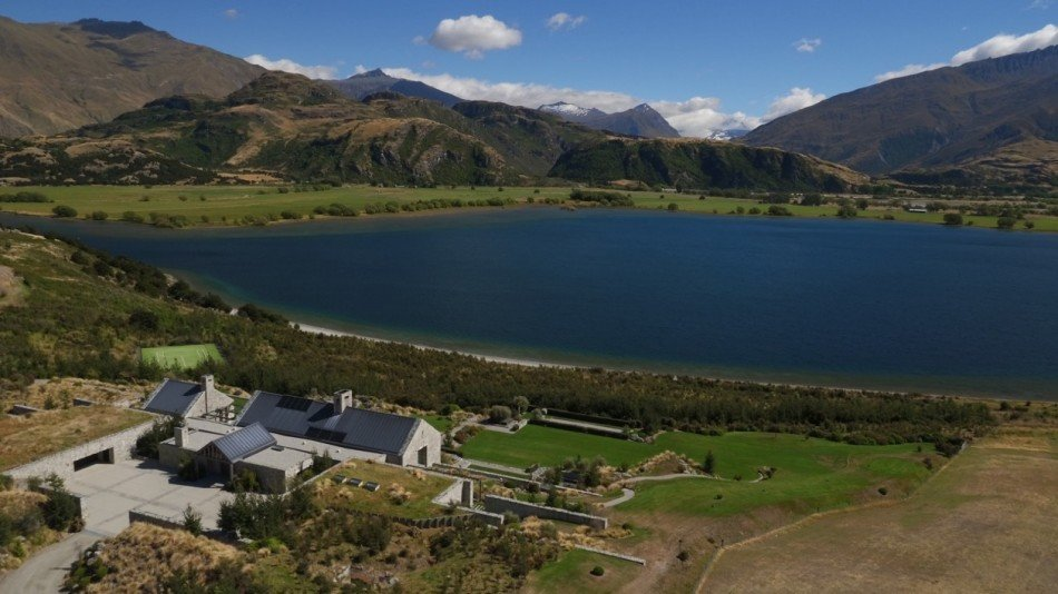 New Zealand Villas - Piwakawaka Point Villa - Wanaka - Oceania | Luxury Vacation Rentals