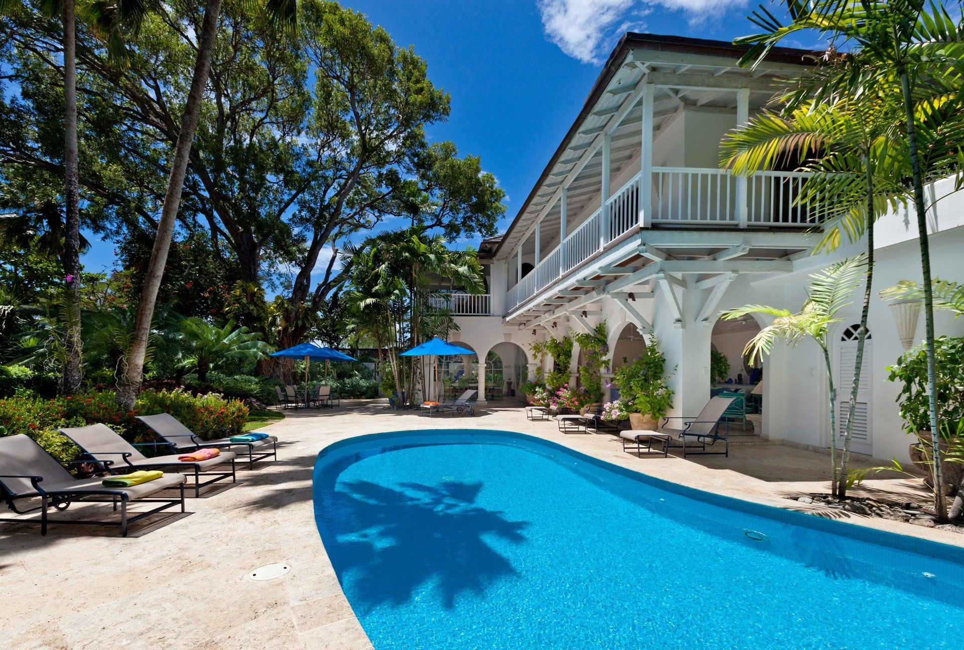 Villa Calmaro St James Barbados