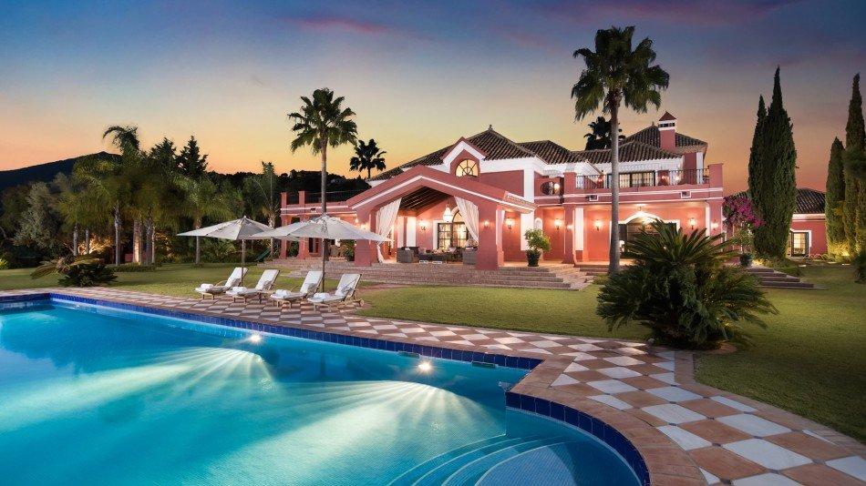 Marbella Villas - Villa Mirador - Benahavis - Spain | Luxury Vacation Rentals