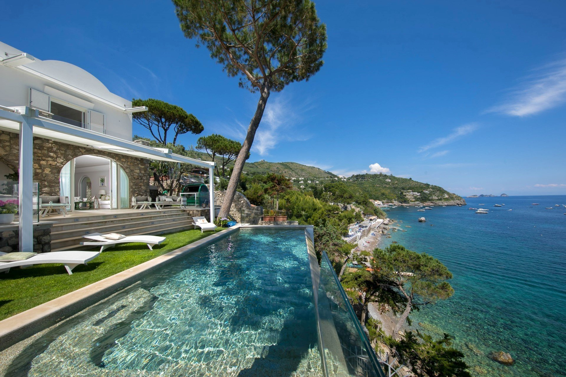 Dominican Republic Resorts >> Gonda - villa Gonda Amalfi Coast   Isle Blue